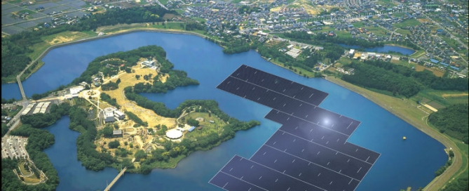 Aerial view of the proposed solar panels floating on Yamakura Dam Reservoir in Japan. Photo from The New York Times article by Erica Goode, New Solar Plants Generate Floating Green Power.
